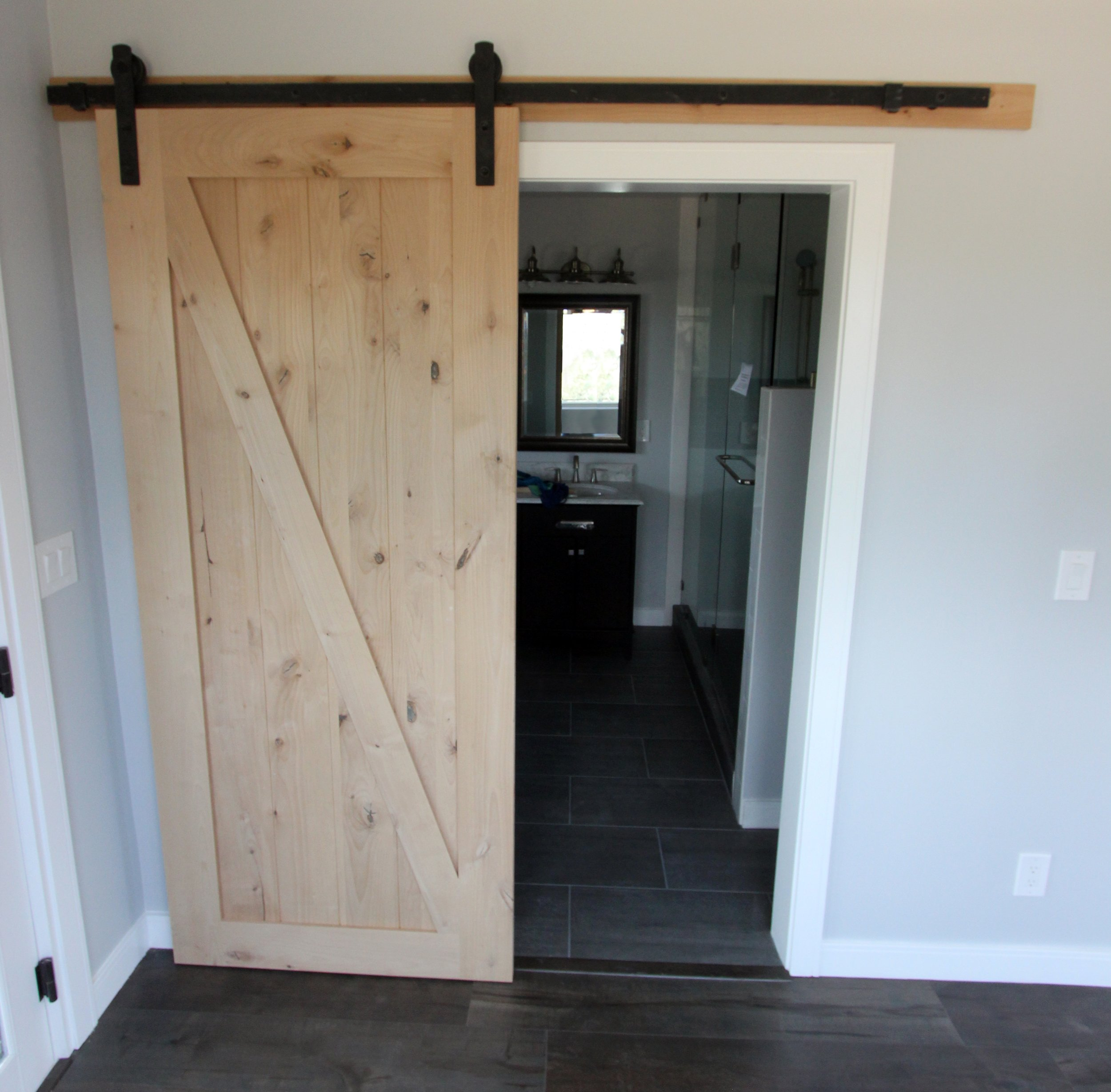 Attrayant TR Constructionu0027s Experienced Installers Provide Professional Interior Door  Replacement, Complete With Matching Base And Crown ...